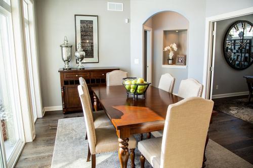 epcon-dining-room